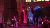 El davallament del Divendres Sant va està marcat pel vent. Les bufades que feren acte de presència durant tot el dia, molestaren a l'escenificació que cada anyes representaa l'Església Nova. […]