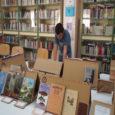 Durant dos dies a la biblioteca de l'IES Puig de Sa Font s'ha realitzat una exposició de llibre singulars, on alumnes, professors, familiars i exalumnes hi han participat.