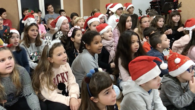 Aquesta és la felicitació de Nadal dels alumnes de l'Escola Municipal de Música i Dansa de Son Servera, que hem enregistrat, per felicitar al Nadal a tothom.