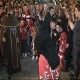 Amb els cant del goig de Sant Antoni a completes i l'encesa de foguerons s'han iniciat les festes de Sant Antoni de 2014.