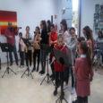Un any més els joves alumnes de l'Escola de música han visitat les persones majors del centre de dia, per tal de cantar-los unes cançons de Nadal. Enguany però la […]