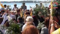 Un any més, els feligresos de Cala Millor, han realitzat la tradicional benedicció del Diumenge de rams a vorera de mar, devora sa platja petita. Un acte nombrós en la […]