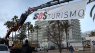 Avui mati, s'ha celebrat la lectura del manifest de la plataformaSOS TURISME, a la platja de Cala Millor. La plataforma es va crear fa tres setmanes per instar a actuar […]
