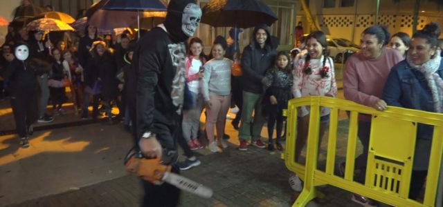 Com ve essent habitual als darrers anys, la Casa de Extremadura de Son Servera, organitza, per Halloween, un tunel del terror, al seu local de Cala Millor. La pluja no […]
