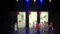 Na ventafocs del segle XXI és la segones de les quatre obres de teatre que interpretaran aquest estiu els joves alumnes de l'escoleta de teatre. Dirigits per Arnau Serra.