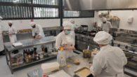 La competició dels joves cuiners, estudiants de formació Professional de cuina, que es disputarà el dimecres 28 a l'IES Puig de Sa Font, ultima els preparatius. Es tracta d'una competició […]
