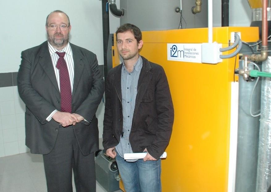 El director general d'Indústria i Energia, Jaume Ochogavía, ha visitat la nova caldera de biomassa que s'ha instal•lat al Protur Bonaire Aparthotel, a Cala Bona. La caldera de biomassa funciona […]