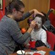 Al teatre La Unió, aquest passat 31 d'octubre, es va celebrar un taller de maquillatge de Halloween amb molt d'èxit de participació. Els més petits il·lusionats acudien per maquillar-se dels […]