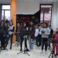 Alumnes de l'Escola Municipal de música i Dansa de Son Servera, es varen desplaçarfins alcentre d'estades diürnes, per oferir un petit concert de Nadal als padrins. A continuació podeuveureun breu […]