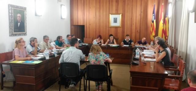 Sessió Plenària Extraordinària celebrada el 16 d'agost de 2016 a les 13 hores, a petició dels grups de l'oposició (PP, ON Son Servera i Més) Ordre del dia de la...