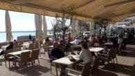 Després d'una setmana de la reobertura de les terrasses dels bars, hem demanat a dos bars de Cala Millor i dos de Son Servera, la seva opinió i com han […]