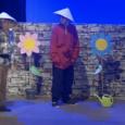 El grup d'11 i 12 anys de l'escola, dirigits per Arnau Serra, interpreta l'obre de Joaquim Carbó, El Jardí deFlaira-nas.